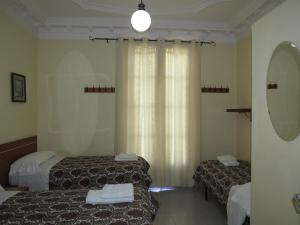 Triple Room with shower and external private toilet