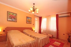 Family Hotel Silvestar, Отели  Велико-Тырново - big - 6