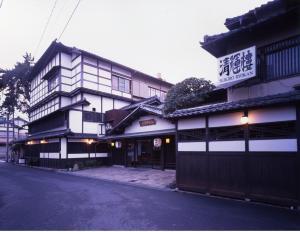 Seikiro Ryokan Historical Museum Hotel, Рёканы  Miyazu - big - 1