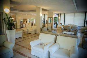 Hotel Michelangelo, Отели  Морской Милан - big - 59