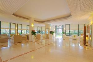 Hotel Michelangelo, Отели  Морской Милан - big - 38