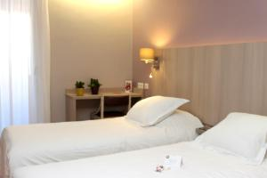 Interhotel Cassitel, Hotely  Cassis - big - 9