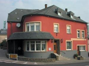 Hotel Restaurant Braas, Hotely  Eschdorf - big - 2