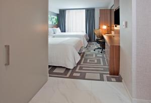 Hilton Garden Inn Central Park South, Hotely  New York - big - 11