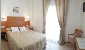 Hotel Goartín, Отели  Малага - big - 5
