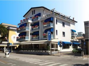 Hotel Touring, Hotels  Lido di Jesolo - big - 88