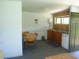 Aotea Lodge Great Barrier, Lodges  Tryphena - big - 5