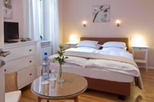 Buchholz Downtown Hotel(Colonia)
