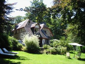 B&B Le Bois Dormant, Bed & Breakfast  Spa - big - 10