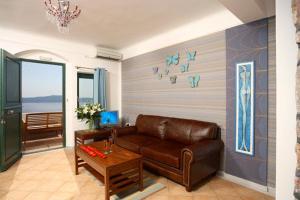 Panorama Studios & Suites, Apartmánové hotely  Fira - big - 3