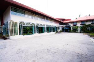 Bohol La Roca Hotel
