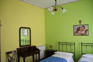 Casa Giuseppina B&B, Guest houses  Sant'Alfio - big - 9