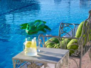 Sunvillage Malia Boutique Hotel and Suites, Отели  Малиа - big - 47