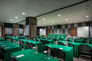 Tree Hotel Makassar, Hotels  Makassar - big - 26