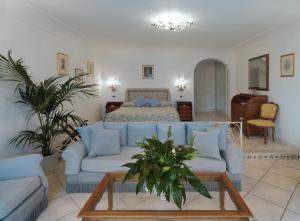 Hotel Villa Brunella, Отели  Капри - big - 10
