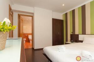 Four-Bedroom Apartment - Rosello 362