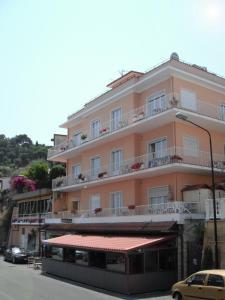 Hotel Nettuno, Hotely  Diano Marina - big - 1
