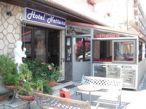 Hotel Nettuno, Hotely  Diano Marina - big - 40