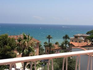 Hotel Nettuno, Hotely  Diano Marina - big - 41
