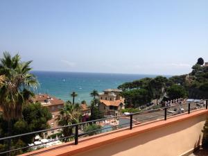 Hotel Nettuno, Hotely  Diano Marina - big - 37