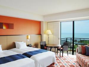 Hotel Nikko Alivila, Отели  Yomitan - big - 8