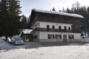 Casa Alpina Dobbiaco, Penziony  Dobbiaco - big - 1