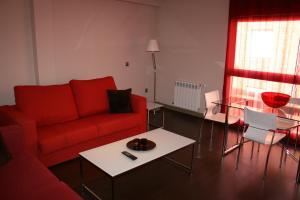 Apartamentos Calle José, Апартаменты  Мадрид - big - 90