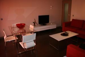Apartamentos Calle José, Appartamenti  Madrid - big - 87