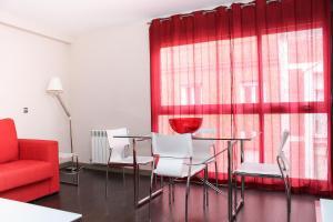 Apartamentos Calle José, Апартаменты  Мадрид - big - 80