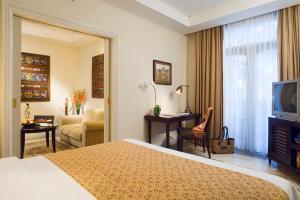 The Phoenix Hotel Yogyakarta - MGallery by Sofitel, Hotels  Yogyakarta - big - 13