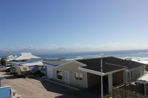 1 Point Village Guesthouse & Holiday Cottages, Apartmanok  Mossel Bay - big - 44