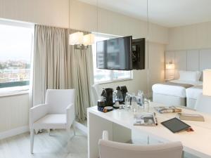 Premium Family Room with Balcony