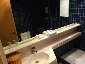 Hotel Fleur-de-Lys, Отели  Ла-Шо-де-Фон - big - 3