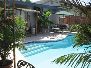 Disneyland Anaheim Area Tropical Paradise Vacation Home