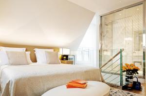 Suite - Palais Royal