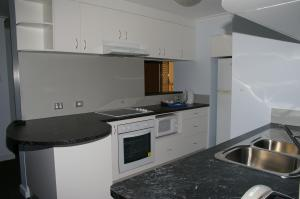 Coral Towers Holiday Suites, Apartmánové hotely  Cairns - big - 33