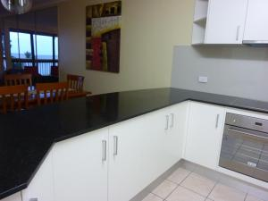 Coral Towers Holiday Suites, Apartmánové hotely  Cairns - big - 26
