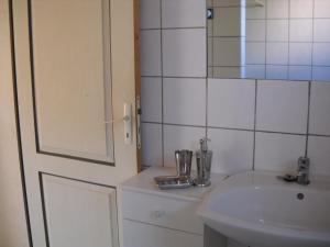 Villa Morosi, Apartments  Favone - big - 9