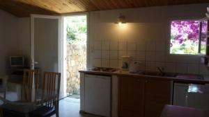 Villa Morosi, Apartments  Favone - big - 7
