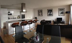Pinnacle Residences - Central Cambridge, Apartmanok  Cambridge - big - 7