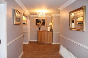 Bolands B&B, Bed and Breakfasts  Dingle - big - 43