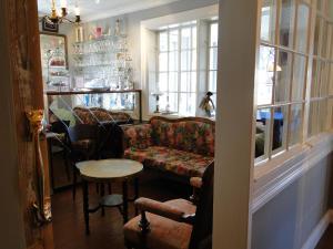 Hotel & Cafe Lanterna, Hotel  Nauvo - big - 35