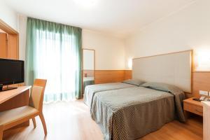 Club Hotel e Residence La Vela, Szállodák  Nago-Torbole - big - 12