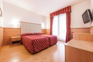 Club Hotel e Residence La Vela, Szállodák  Nago-Torbole - big - 11