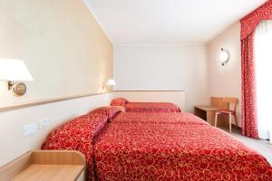 Club Hotel e Residence La Vela, Szállodák  Nago-Torbole - big - 10