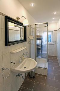 Das Märchenhaus, Apartments  Braunlage - big - 26