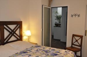 Double Room (interior)
