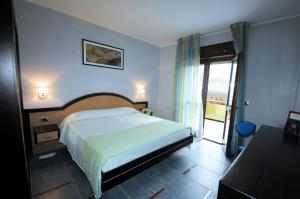 Grand Hotel Paradiso, Hotely  Catanzaro Lido - big - 18