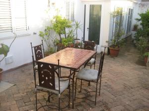Casa Anna Capri Charme, Апартаменты  Капри - big - 10