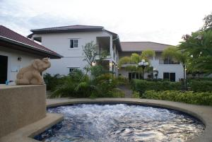 Serene Sands Health Resort, Hotely  Bang Lamung - big - 22